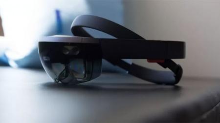 Arttırılmış gerçeklik başlığı HoloLens'in yenisi 2019'da gelebilir