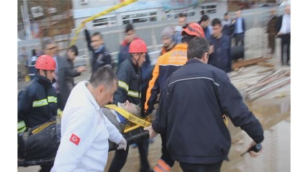 AVM inşaatında göçük: 4 yaralı