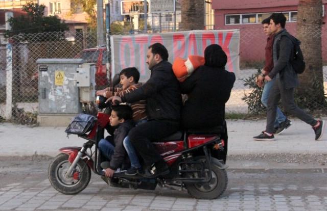 Elektrikli Bisiklette Ölümüne Yolculuk