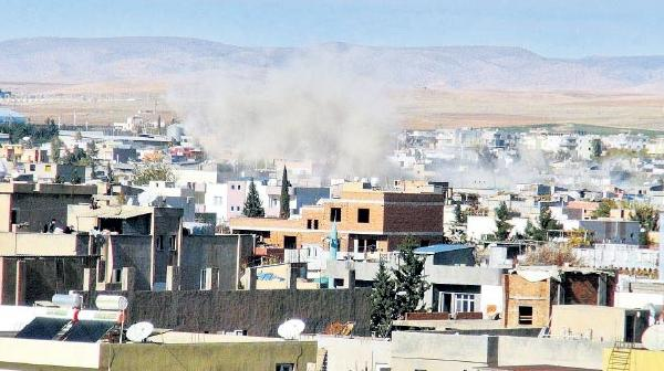 Hendekteki bomba altı polisi yaraladı