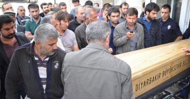 PKKlıların cenazelerini aileleri aldı